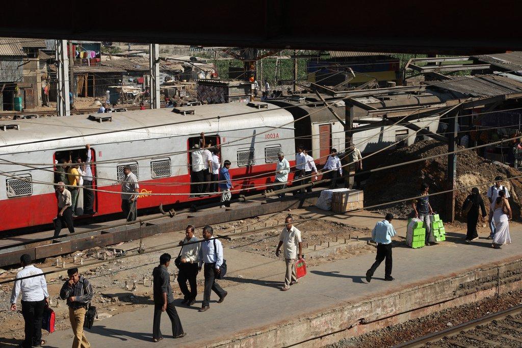A train station in Mumbai, 2009. Photo: World Bank CC BY-NC-ND 2.0