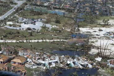 Hurricane affected houses in the Bahamas, 2019. Photo: Coast Guard News. CC BY-NC-ND 2.0.