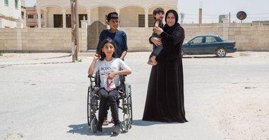 10-year-old Syrian girl with her family in Mafarq, Jordan, 2020